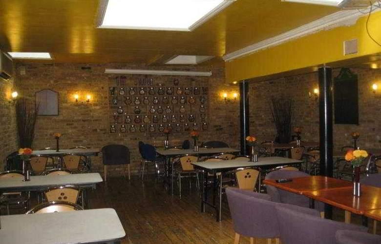 Somerset - Bar - 6