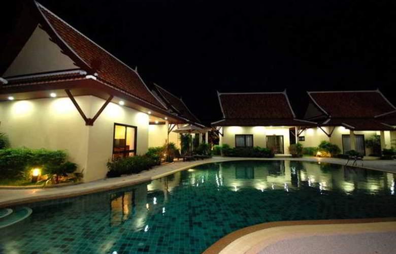 Andaman Thai Boutique Resort - Pool - 7
