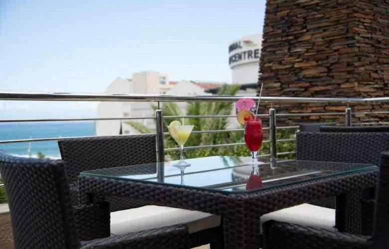 Premier Hotel ELICC - Terrace - 35