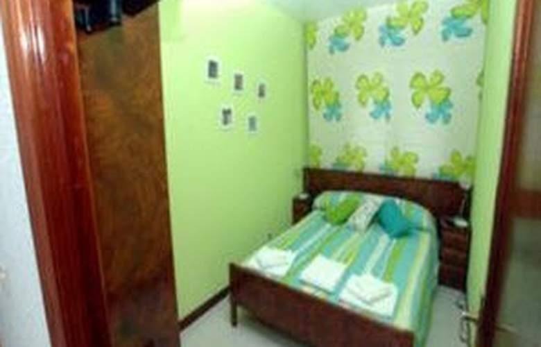 Apartamentos Conchi - Room - 1