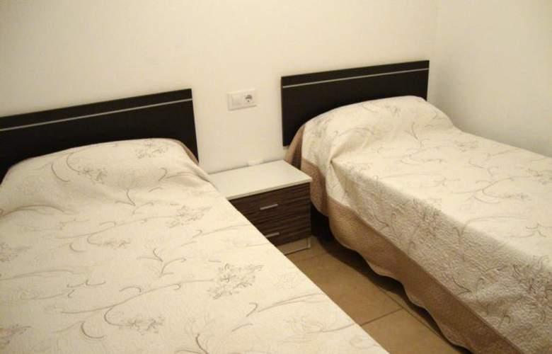 Apartamentos Peñiscola Centro 3000 Sin Piscina - Room - 8