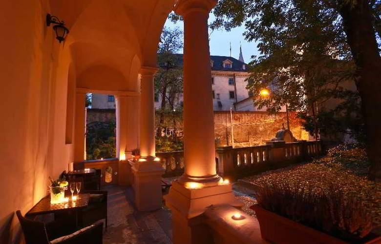Hotel U Svatého Jana - Terrace - 4