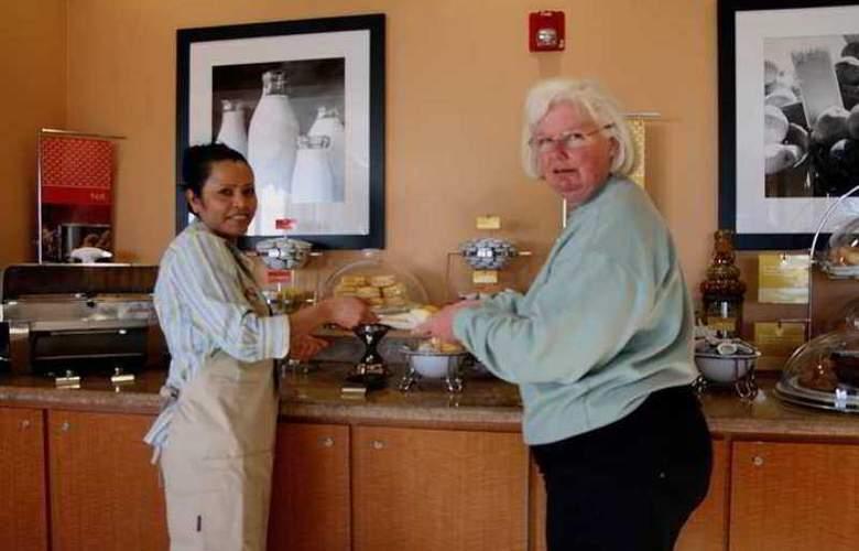 Hampton Inn Daytona Shores-Oceanfront - Hotel - 7