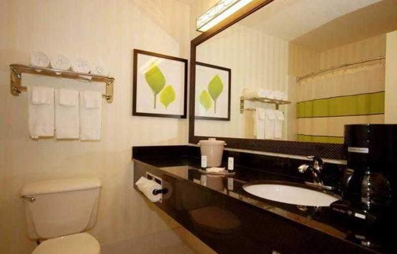 Fairfield Inn & Suites Canton - Hotel - 8