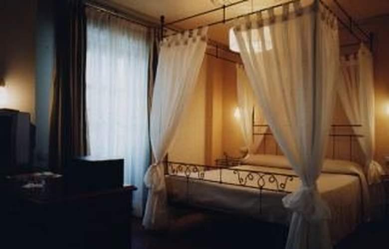 Azofra - Room - 3