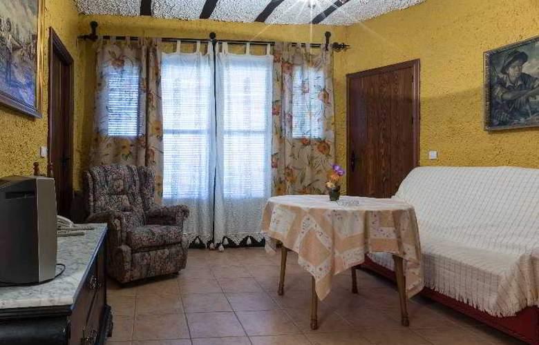 Palacio Guzmanes Hospederia Rural - Room - 28