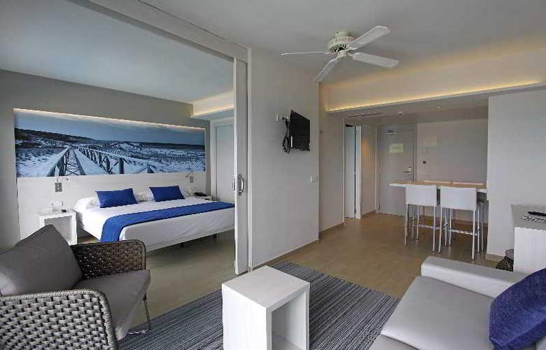 BG Tonga and Suites Tower Design Hotel - Room - 4