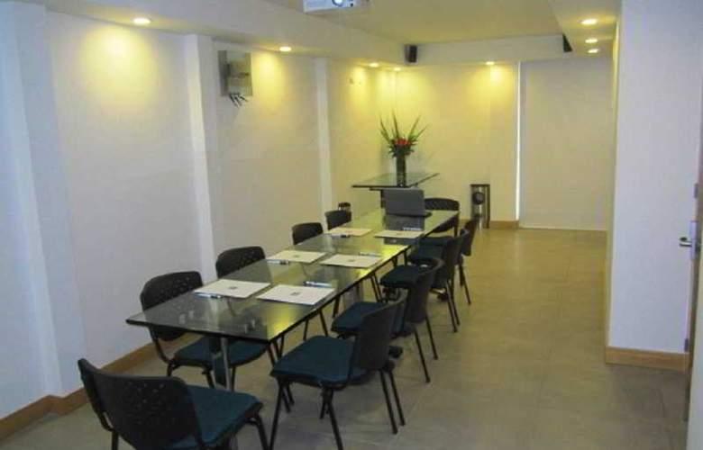 Dorado Ferial - Conference - 2