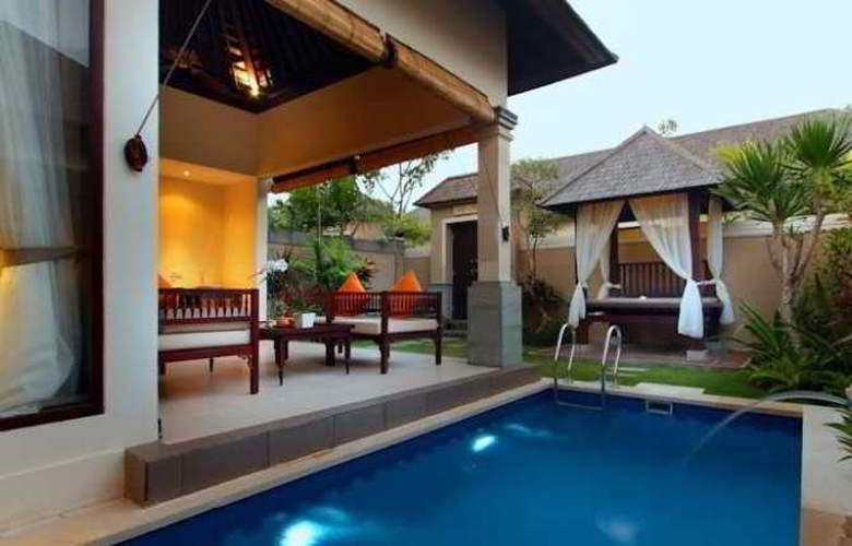 Transera Grand Kancana Villas - Pool - 2