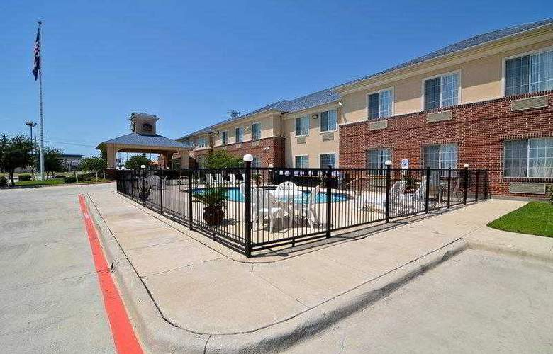 Best Western Fort Worth Inn & Suites - Hotel - 6
