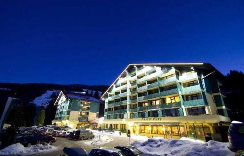 Alpine Club - Hotel - 11