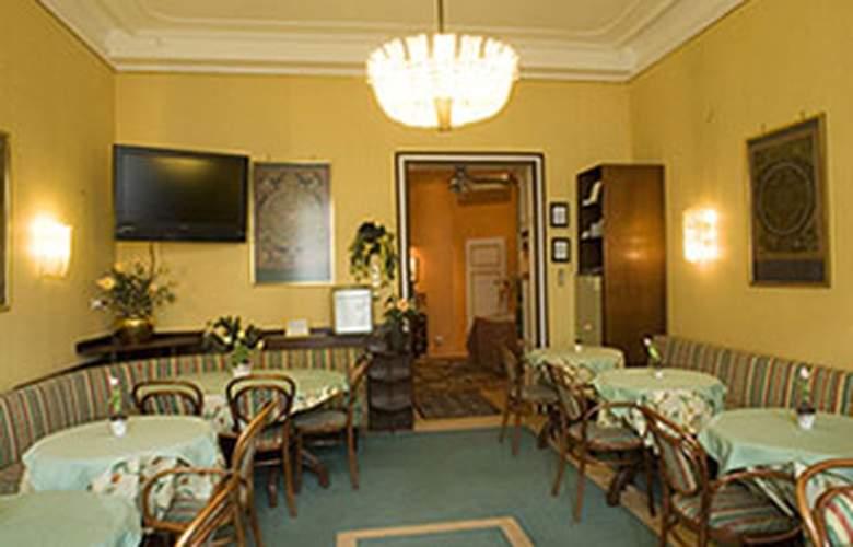 Best Western Pension Arenberg - Restaurant - 11