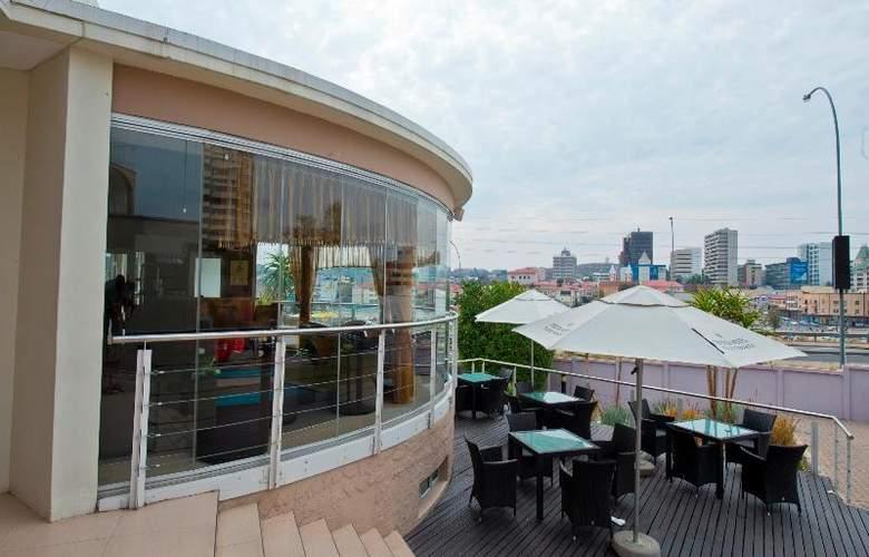 Protea Hotel Furstenhof - Terrace - 16