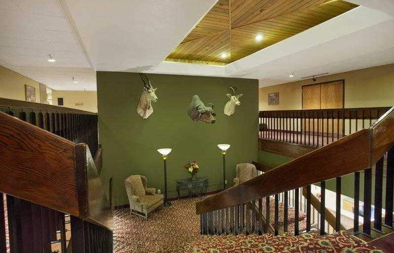 Best Western Plus Golden Lion - Hotel - 6