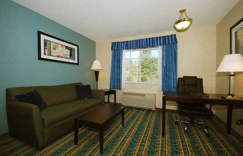 Berkshire Hills Inn & Suites - Hotel - 23