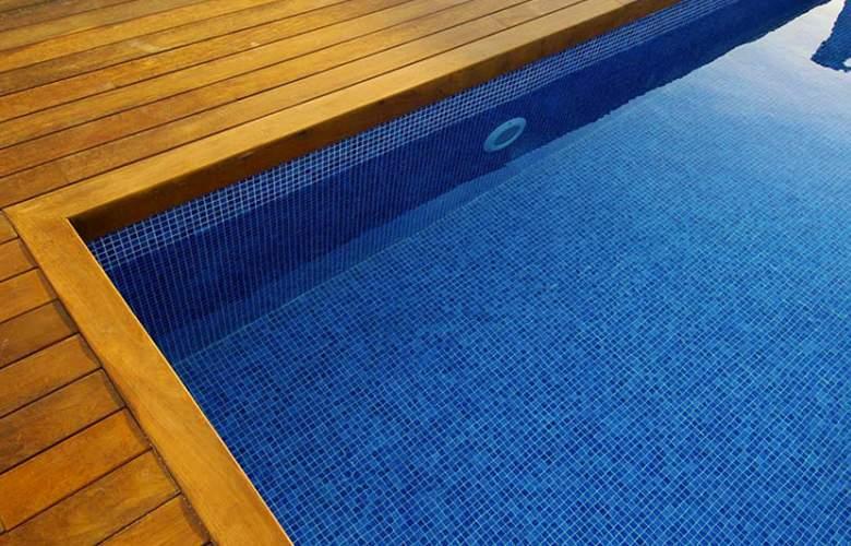 Nautic Hotel and Spa - Pool - 3