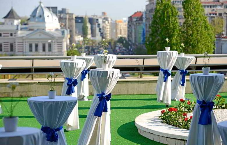 Intercontinental Bucharest - Terrace - 8