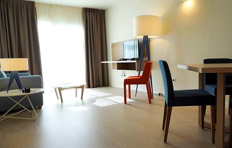 Riviera Vista - Room - 2