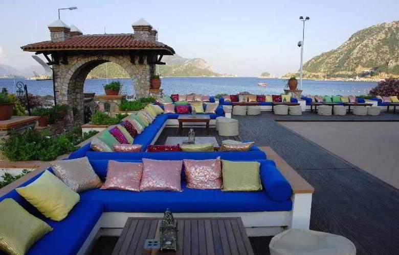 Marti Resort Hotel - Bar - 16