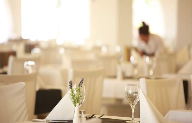 Club Bahamas Ibiza - Restaurant - 12