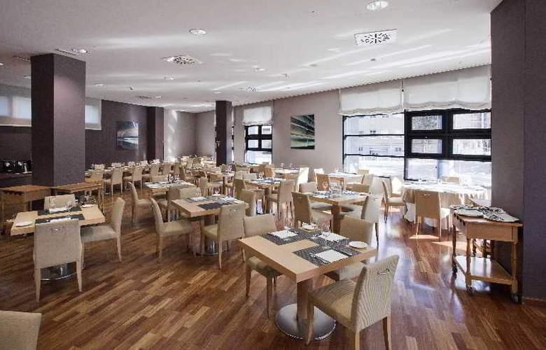 Ilunion Pio XII - Restaurant - 5