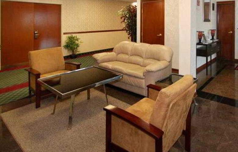 Comfort Suites East - General - 2