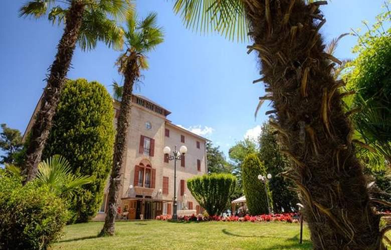 Villa Quiete - Hotel - 0