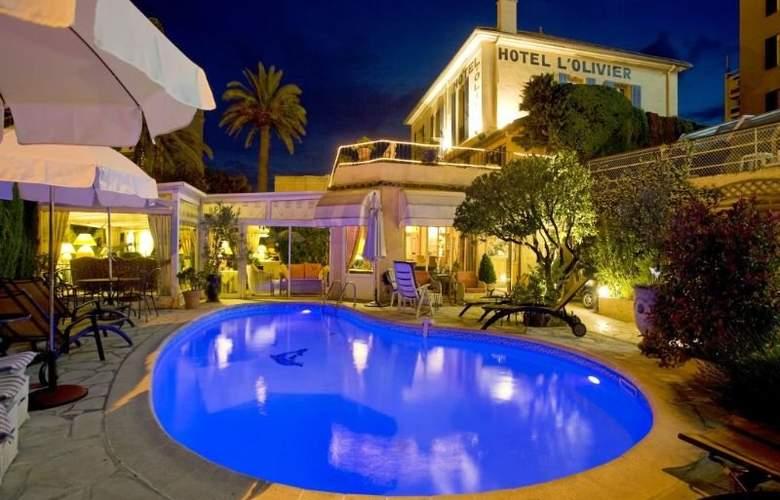 Olivier Hotel - Pool - 8