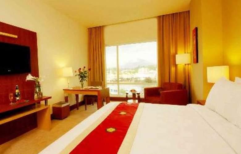 Swiss-Belhotel Maleosan Manado - Room - 0