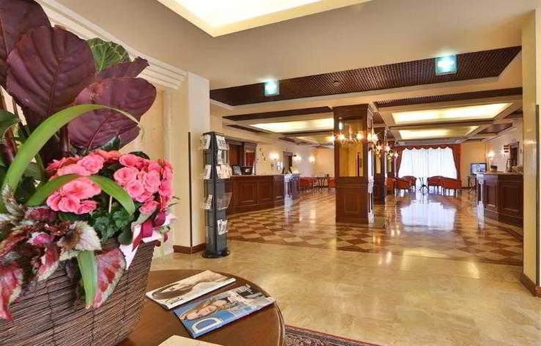 Best Western Classic - Hotel - 49