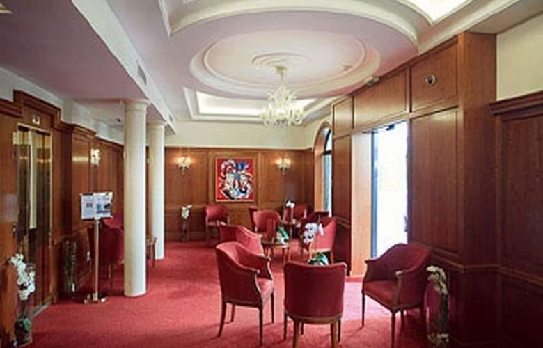 Timhotel Tour Montparnasse - General - 2