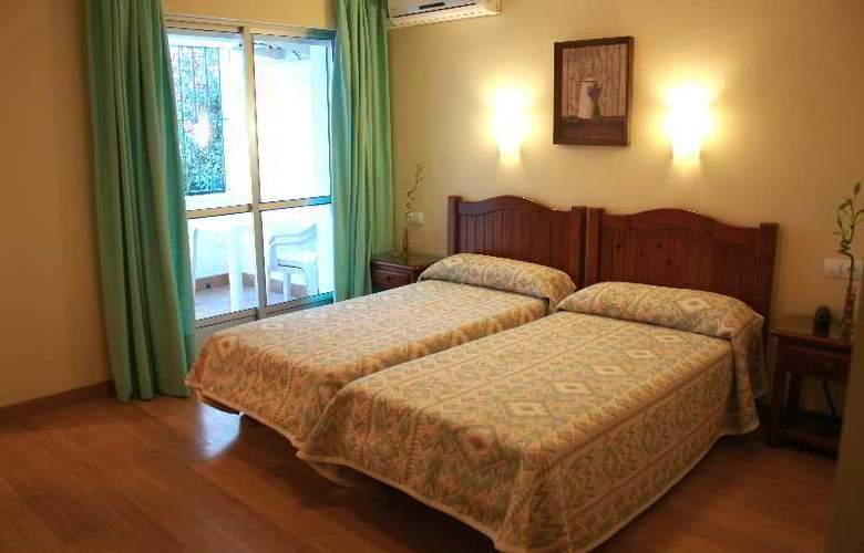 Ayamontino - Room - 8