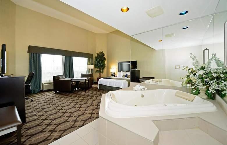 Best Western Plus Travel Hotel Toronto Airport - Room - 56