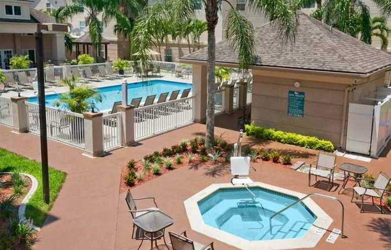 Homewood Suites by Hilton Fort Myers - Hotel - 7