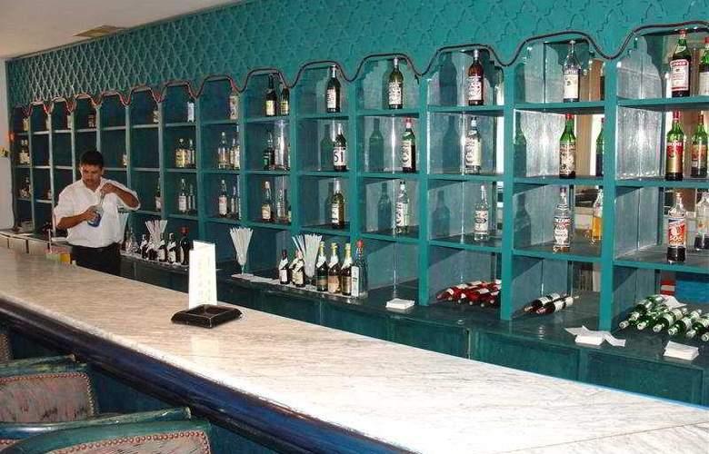 Menara - Bar - 8