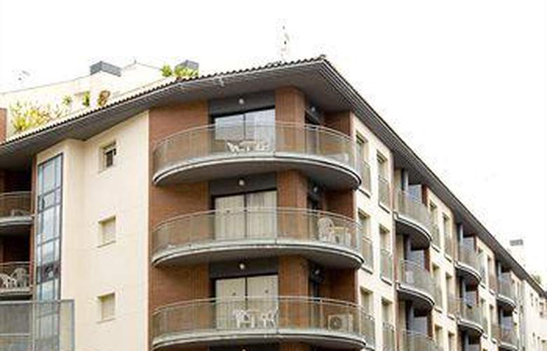 Apartamentos Santa Anna - Hotel - 0