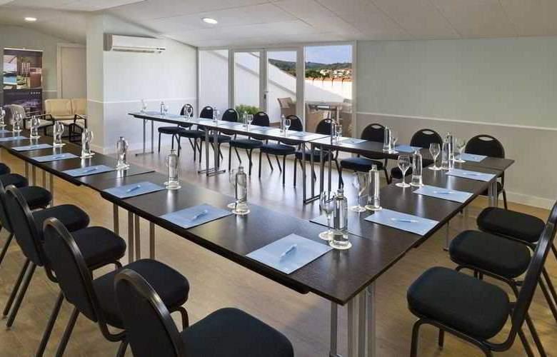 Castellar - Conference - 13