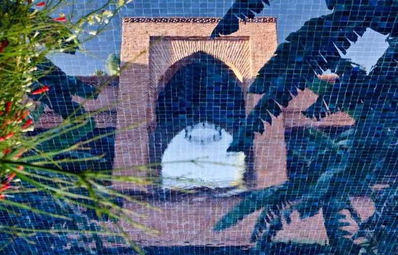 Tigmiza Suites pavillions - Pool - 26