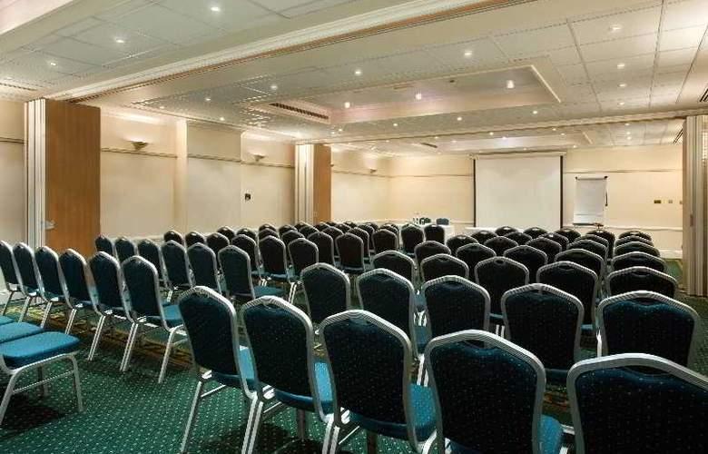 Hilton London Euston - Conference - 19