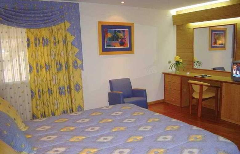 Alif Campo Pequeno - Room - 1