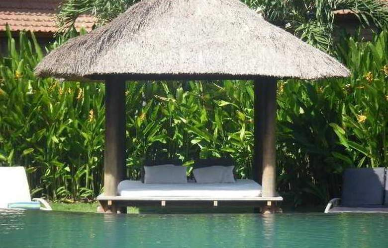 Villa Diana Bali - Pool - 16