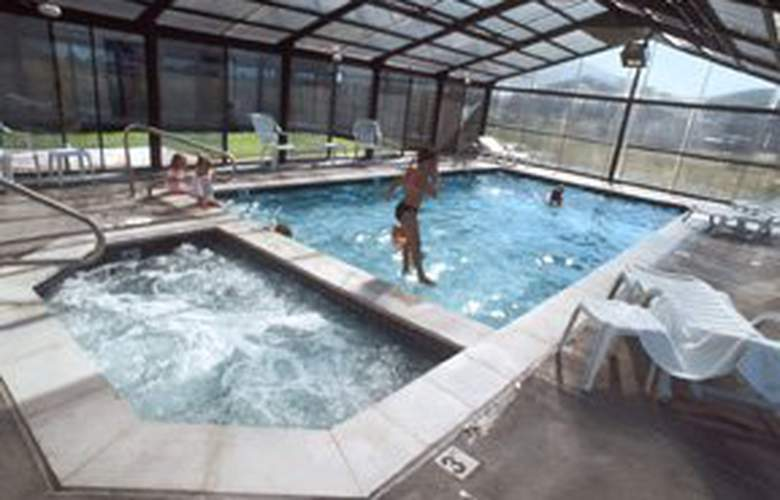 Sleep Inn (South Jordan) - Pool - 4