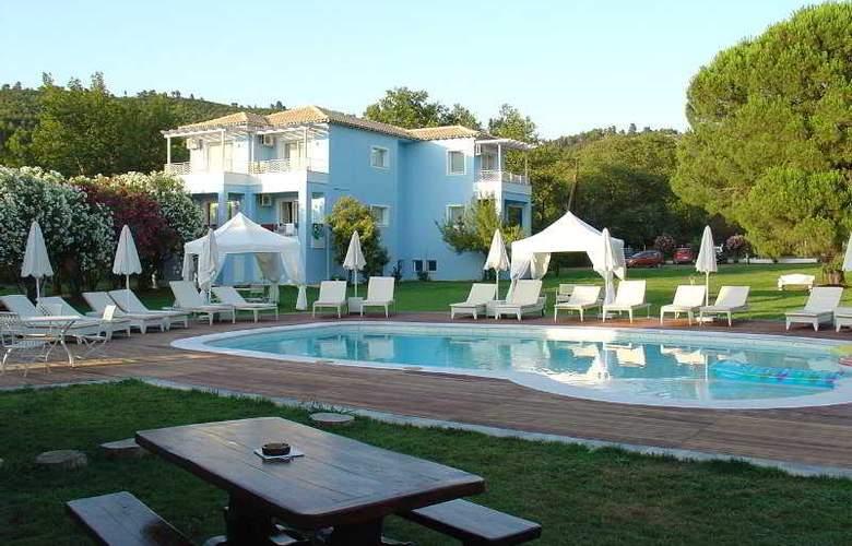Mandraki Village - Hotel - 0