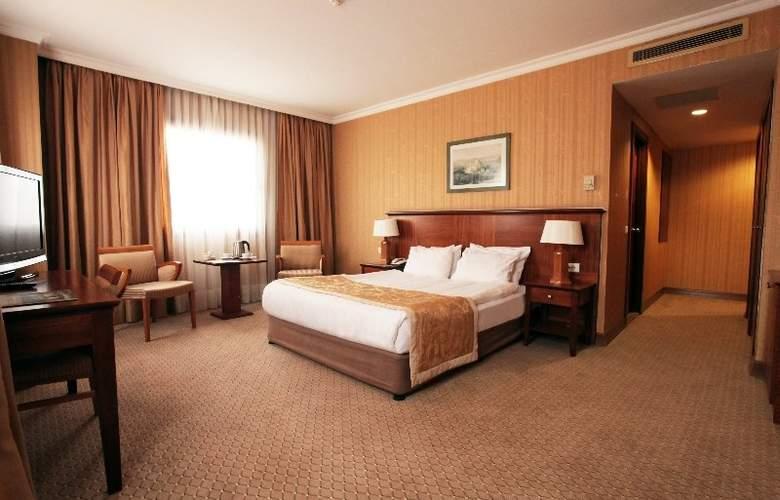 Grand Oztanik - Room - 9