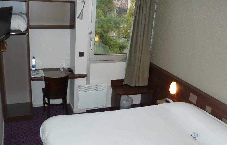Brit Hotel Esplanade - Hotel - 7