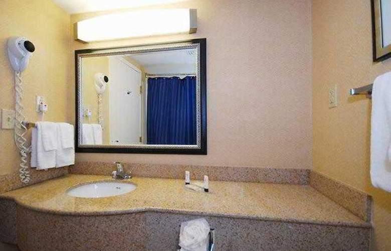 Quality Inn Boston-Revere - Hotel - 6