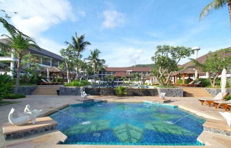 Bandara Resort & Spa - Pool - 2
