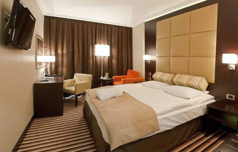 Dnister Premier Hotel - Room - 3