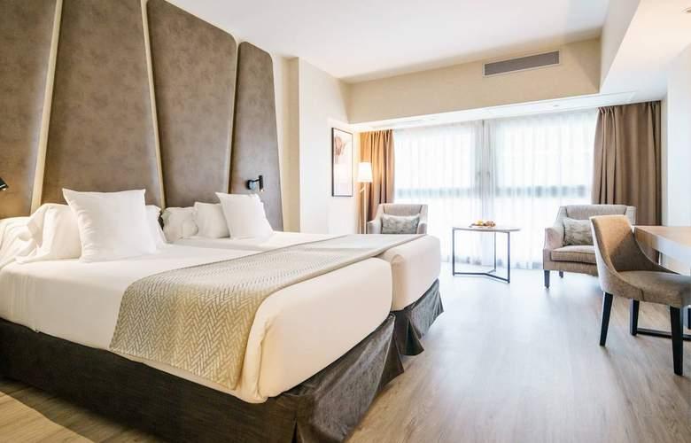Ilunion Malaga - Room - 13