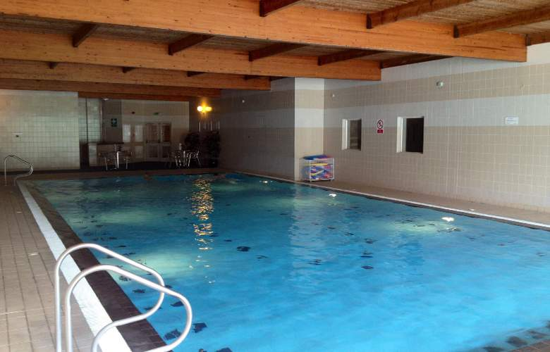 Bowfield Hotel & Country Club - Pool - 1